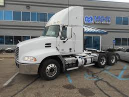 DAYCABS FOR SALE IN IL Tractors Semi Trucks For Sale Truck N Trailer Magazine Used 2013 Lvo Vnl670 Tandem Axle Sleeper For 572058 Arrow Sales Inventory Auto Info Freightliner Scadia Sleepers For Sale In Il 2015 Volvo 503600 Miles Kenworth In Illinois On Buyllsearch Daycabs Trucks Ne 2011 Vnl 630 Youtube 10830 S Harlan Rd French Camp Ca 95231 Ypcom
