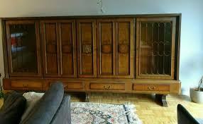 antiker wohnzimmer esszimmerschrank