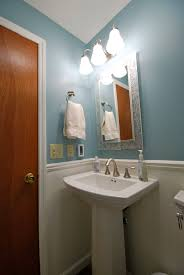 Half Bathroom Ideas With Pedestal Sink by Bathrooms Guinness U0027 Backyard