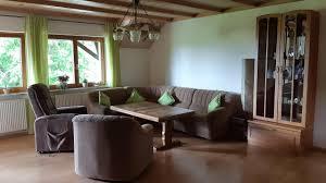 großzügig eingerichtete ferienwohnung auf dem hirschhof