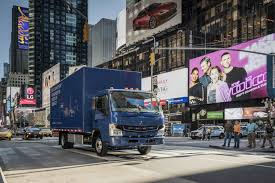 100 Mitsubishi Fuso Truck S Debuts Its Electric ECanter Trucks