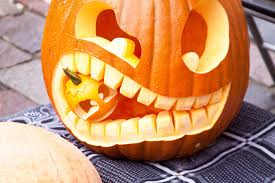 Scariest Pumpkin Carving Ideas by Scary Pumpkin Carving Face Designs For Halloween 2017 Scary