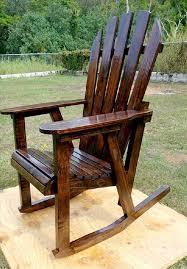 12 DIY Wooden Pallet Rocking Chairs Design