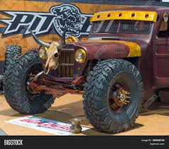 LAS VEGAS NV/USA - Image & Photo (Free Trial) | Bigstock Classic Truck At The 2017 Sema Show Las Vegas Cvention Monster Jam Tickets Motsports Event Schedule Customized Stock Editorial Photo Slrecagmailcom Wheels And Heels Magazine Cars 2015 Trucks With Las Vegas Semi Truck Auto Show Full Mega Gallery Updated With 100 More Photos Wikiwand 2018 South Point Car Truck Nv Americajr Nvusa Image Free Trial Bigstock Kelderman Accsories Motor Speedway On Twitter North American Big Rig Racing 2010 Teambhp
