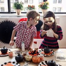 Date Halloween 2014 by 10 Ideas For A Halloween Themed Play Date Mommy Shorts