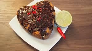 kokos limetten kuchen mit selbstgemachter schokoladen chili glasur