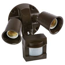 projecteur exterieur avec detecteur de presence éclairage de sécurité détecteurs de mouvement rona