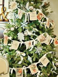 Christmas Tree Bead Garland Uk by 11 Youtube Videos To Watch For Christmas Decor Ideas Hgtv U0027s