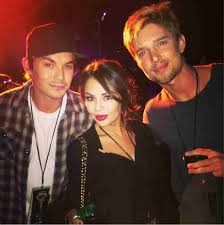 Pretty Little Liars 2014 Halloween Special by Little Liars Reunion Janel Parrish Tyler Blackburn And Drew Van