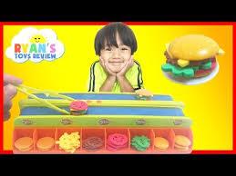 1008 BURGER MANIA BOARD GAME Family Fun Burger Maker Electronic Toys For Kids Egg Surprise Disney Toy