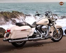 Harley Davidson Light Bar by 2015 Harley Davidson Flhr Road King Review