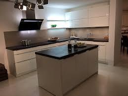 av 2030 a466 weiß hochglanz lack hochglanz lack küche incl zubereitungsinsel