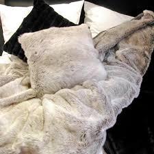 housse de coussin 65x65 pour canapé plaids fausses fourrures sur mesures