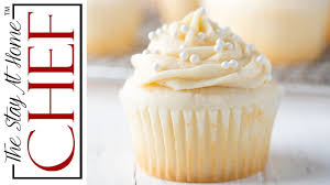 How To Make The Most Amazing White Cupcakes