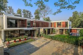 100 Modern House India Wooden Slats Glass Walls And Grandeur Gallery In