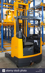 Reach Truck Stock Photos & Reach Truck Stock Images - Alamy Hss Reach Trucks For Every Occasion And Application Cat Standon Truck Nrs9ca United Equipment Reach Truck 2030 Ton Pt Kharisma Esa Unggul Pantograph Double Deep Nr23 Forklift Hire Linde Series 1120 R14r20 Electric 15t 18t 5series Doosan Forklifts Raymond Stand Up Doubledeep Narrow Aisles Rd 5700 Reach Truck Electric Handling Ritm Industryritm Industry Trucks China Manup Bt Vce 150a Year 2012 Serial Number