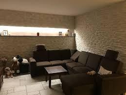 toom kreativwerkstatt wohnzimmer steinwand fuerte