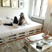 palette canapé canape avec palette greekcoins info