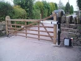 Contemporary Farmhouse Gates