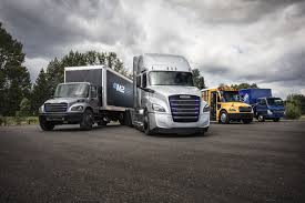 100 Daimler Truck North America S Unveils Two Freightliner Electric