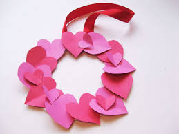 VDay Crafts Wreath Step11 Large 56a13de43df78cf B634