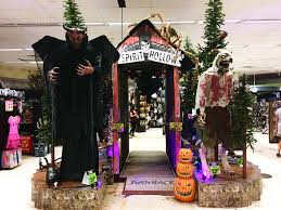Spirit Halloween Lexington Ky by 100 100 Costumes At Spirit Halloween Store Spirit Halloween