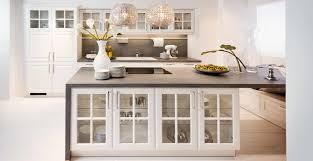 2 zeilen landhausküche elegance weiß mit work marquardt küchen