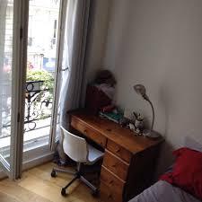 louer chambre chambre à louer dans le quartier des abbesses 600 euros par mois