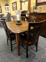 Door county maple leg table and chairs