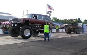Hearse 4x4 Vs Army Truck Tug O War - YouTube