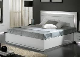 chambre a coucher blanc lit city laque blanc chambre à coucher