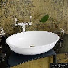 pin auf washbasins waschtische