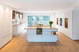küche und esszimmer in einem nr küchen