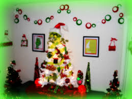 The Grinch Christmas Tree by Freak 4 Crafts My Christmas Corner