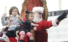 Clovis Christmas Tree Lane Hours by Holiday Events Community Parades Tree Lightings And More The