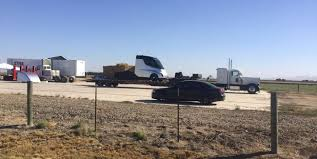 Tesla Semi Truck Possibly Sighted, And It Looks Sleek | Inverse