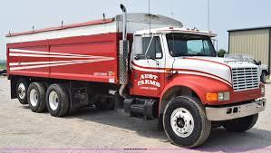 1990 International 4900 Grain Truck | Item K6098 | SOLD! Jul... 1959 Chevrolet C60 Farm Grain Truck For Sale Havre Mt 9274608 1968 C50 Grain Truck Item Da2580 Sold April 5 1972 Gmc 5500 Colebrook Nh 9384706 4 Door Trucks Best Of 1971 Gmc 7500 181 Finest Used In Ohio Mack Ch Silage 116th Ertl Big Peterbilt 367 With Trailer 1979 7000 Ta Grain Truck Trucks For Sale Great Have For Near Sasketchewan Sk Watrous Maline 1966 J8900 June 29 Intertional Harvester Hauling
