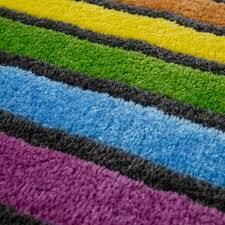 badematte kurzflor teppich für badezimmer mit streifen