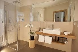 kleine badezimmer ohne fenster moderne badezimmer design