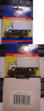 98 N Scale Trucks Other 486 Ford Series Box Van Truck WhiteAthearn