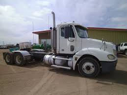 Used 2005 FREIGHTLINER SEMI TRACTOR