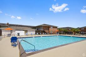 Apartments Under $1,000 In Baton Rouge LA | Apartments.com Certified Chevrolet Silverado 1500 Vehicles Near Baton Rouge Western Star Trucks In Louisiana For Sale Used On Shop 2018 In At Gerry Lane Capitol Buick Gmc Serving Gonzales Denham Springs Best Of Lafayette Tow Truck La Resource Cars Dealer La Acadian May Trucking Company Trucks For Sale In Woman Holds Xhusband Spray Paints His Saia Auto