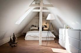 dachstuhl schlafzimmer kleiner raum schlafzimmer