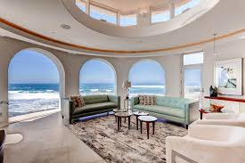 100 Beach Houses In La This 266 Million Home Is One Of Only Ten On The In