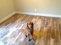 Linoleum Flooring That Looks Like Wood by Linoleum Vinyl Flooring That Looks Like Woodwood Plank Style Barn