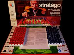 Box Contents Of The 1972 Stratego