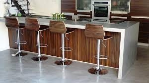 enduit beton cire exterieur mobilier sur mesure design en béton ciré décoratif