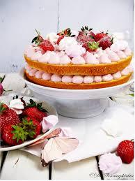 einfache danke erdbeeremousse biskuit cake die sonntagsköchin