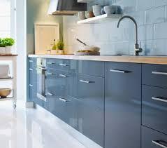küche abstrakt ikea mit neuer front küche blau ikea