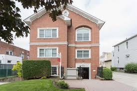 100 Nyc Duplex For Sale Move Right Into This Spacious 1458 Square Foot 3Bedroom 2